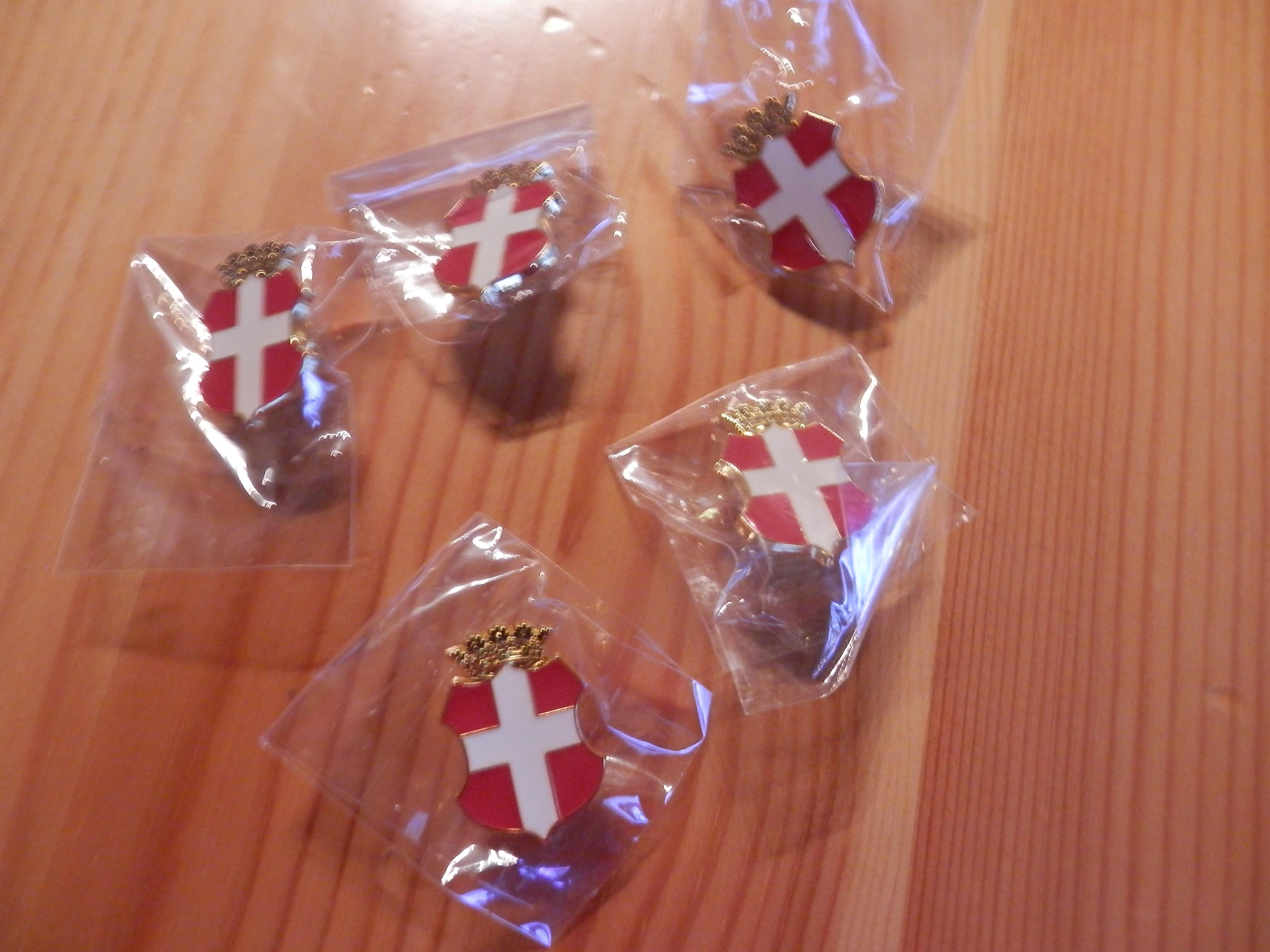 Lot 5 Pin's Savoie