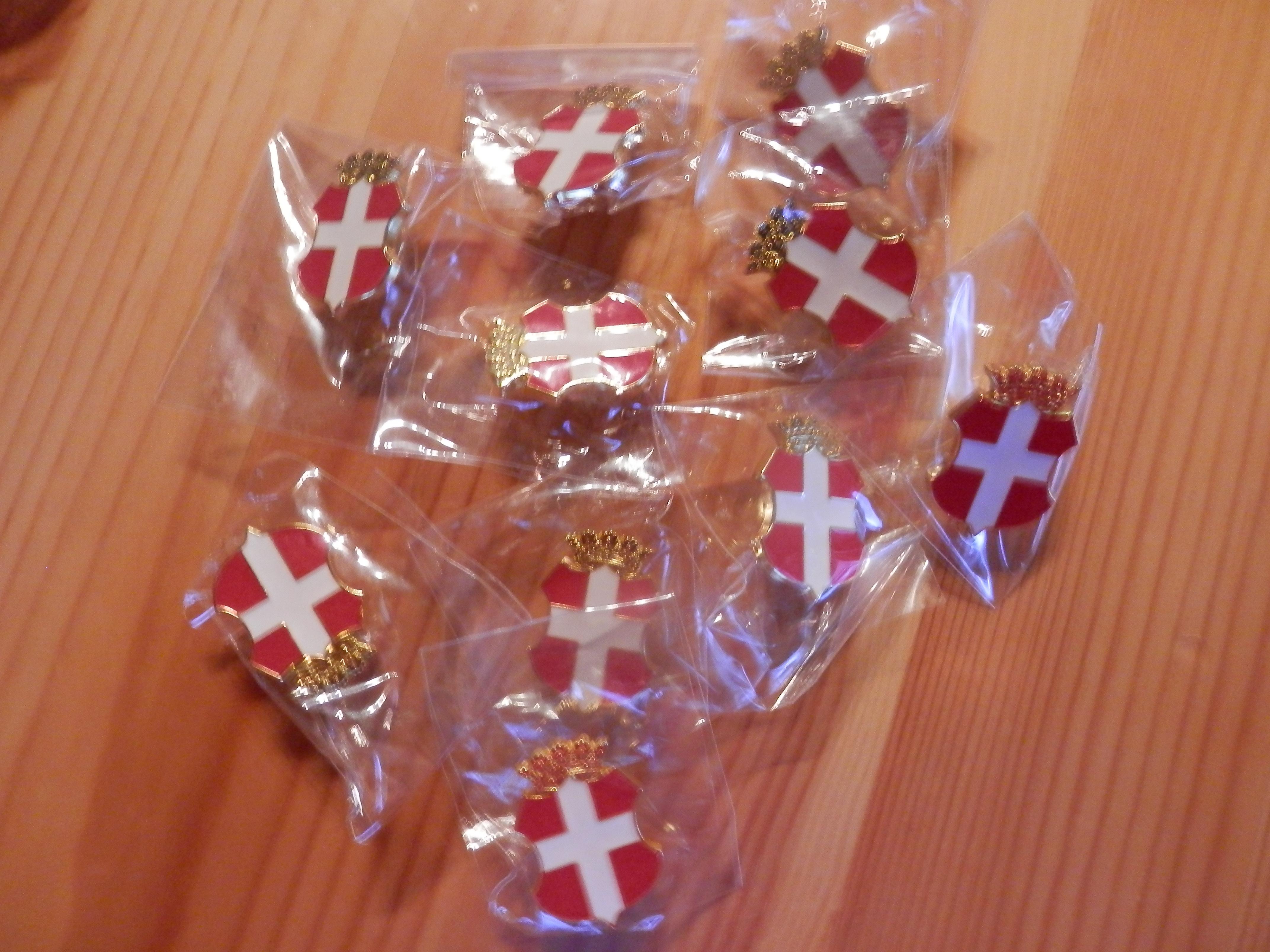 10 Pin's Savoie
